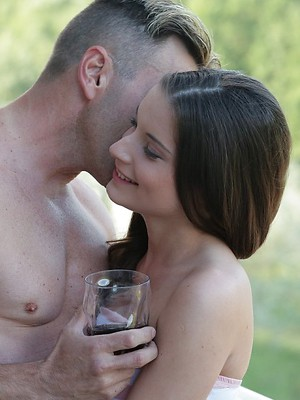 Traditional and anal sex with a brunette so mesmerizing that you can not tear yourself away from watching this porn pictures.