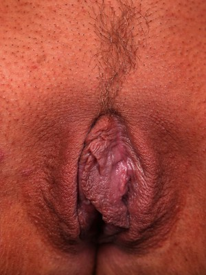 Hairy pussy masturbation porn pics. Black pussy porn pictures.