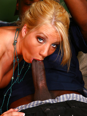 Blonde blowjobs guys. Deep throat porn pictures for free.