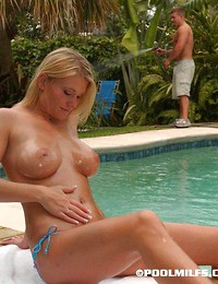 Blonde milf sucks..