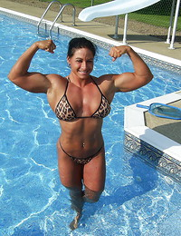 Muscle girls, hot..