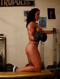 Strong ladies play..