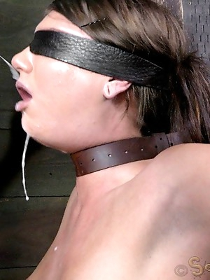 Cassandra Nix Gets The Face Fucking of Her Life